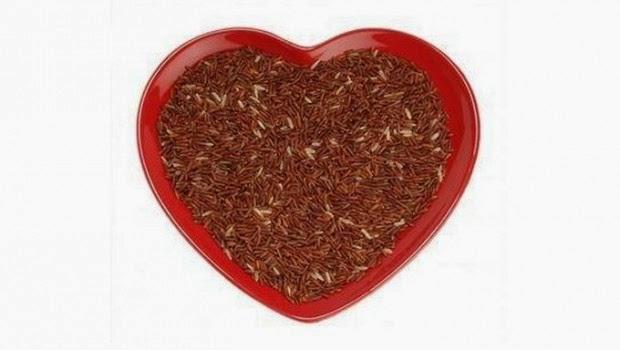Riso-rosso-fermentato-benefici-620x350